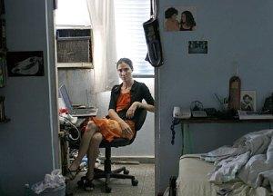 JOANIS SÁNCHEZ , del BLOG GENERACION Y, ha sido cuestionada por las autoridades cubanas, como una prueba más de la falta de Libertad de Expresión en Cuba.