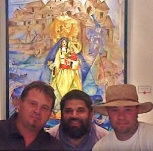 La Virgen Oshún con sus tres juanes artísticos: Ignacio Pérez Vázquez, José Antonio Gutiérrez Caballero y Noelio González