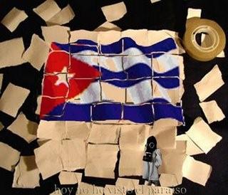 Papeles con bandera cubana.
