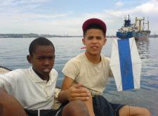 Niños con su papalote por la Libertad de Cuba.