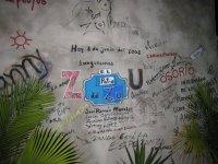 ZU WALL, o Muro de la Poesía, realizado por Margarita García Alonso, nuestra Chiquita Cubana, para promocionar las exitosas NOCHES DE POESÍA.