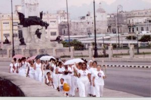 Itinerancia y poder moral de las Damas de Blanco...