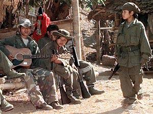 Los niños soldados, ausentes en su Día de los Niños...