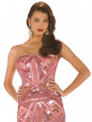 Stefanía Fernández, la actual Miss Universo 2009, también venezolana.