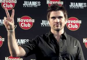 Juanes en Madrid. Havana Club le paga el viaje a Juanes, con el certamen del ron...