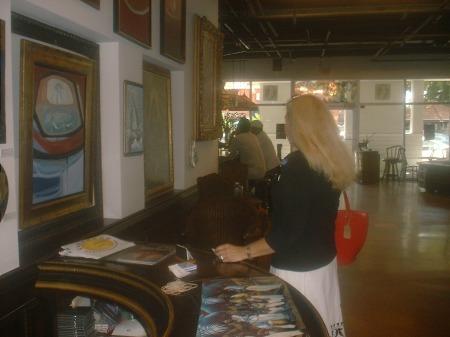 Los esperamos en el Centro de Arte Cuba 8, en el lanzamiento de la Revista BRUJULAR DE MIAMI, de Josán Caballero, dedicado a la Virgen de las Mercedes, OBBATALÁ, y a los cincuenta años del escritor, cuyo cumpleaños es este domingo 27 de septiembre.