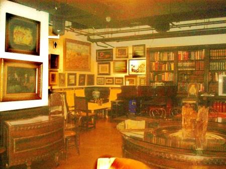 El espacio del Centro de Arte Cuba 8, en donde se llevará efecto el acto cultural de lanzamiento de la Revista BRUJULAR DE MIAMI.