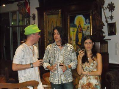 La hija de la cantante Gema Corredera, quien junto al poeta Carlos Pintado, asistió al evento a recoger, por su madre, el Premio de Excelencia EGOCANTO, de manos de Josán Caballero.