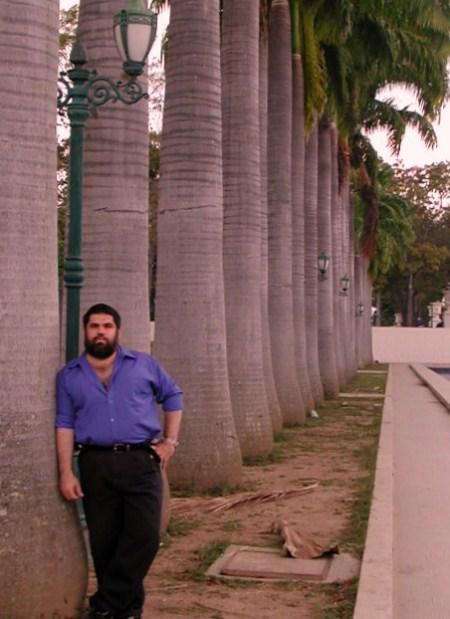 Josán Caballero, el editor en jefe de la Revista BRUJULAR DE MIAMI, que se lanza este sábado 26 de septiembre, en el Centro de Arte Cuba 8.