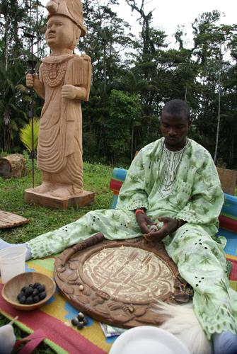 Uno de los devotos de Odúduwa...