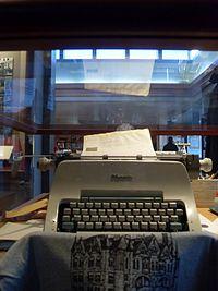 200px-Michenertypewriter