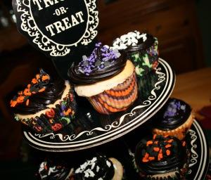Halloween-Cupcakes-8