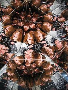 300px-Tate-giant-kaleidoscope-inside