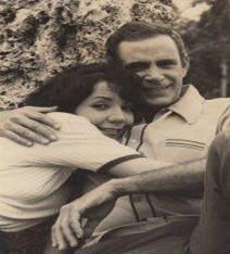 María Eugenia García y el conocido actor de teatro, cine y televisión, Sergio Corrieri, en el personaje de Isabel y David, respectivamente, del famoso serial EN SILENCIO HA TENIDO QUE SER, de la TV Cubana