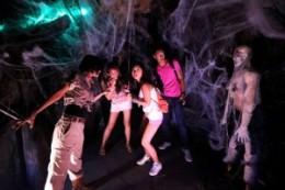 casa-del-terror-en-fiesta-de-halloween-300x200