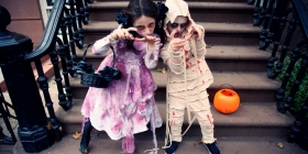 Mummy girl and Vampire Zombie Girl