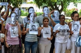 Disidentes-Barack-Unidos-Blanco-Habana_4702697 (1)